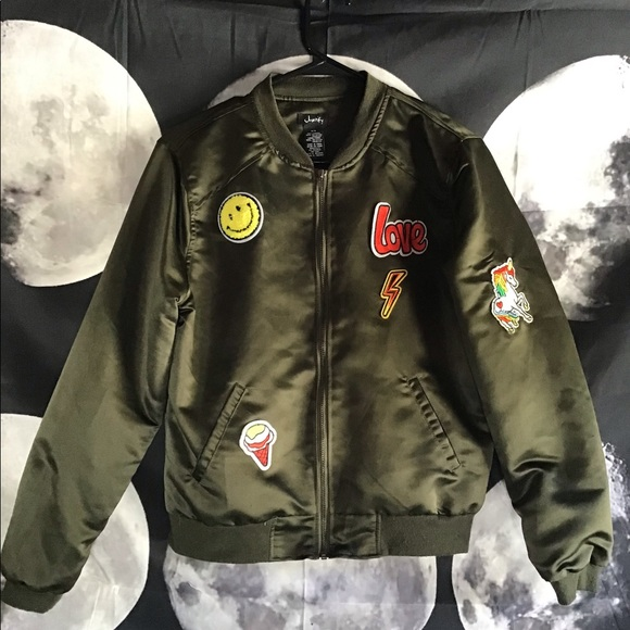Justify Jackets & Blazers - Justify Size Medium Olive Bomber Jacket w/ Patches